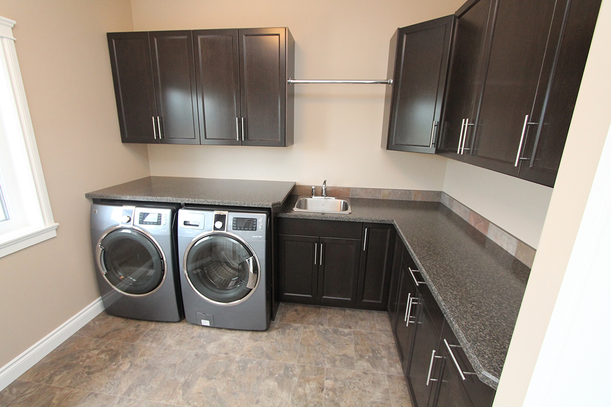 Laundry rooms mikes homes ltd - Utility rooms in small spaces gallery ...